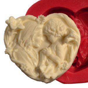 قالب فوندانت مادر و کودک به شکل قلب 32030